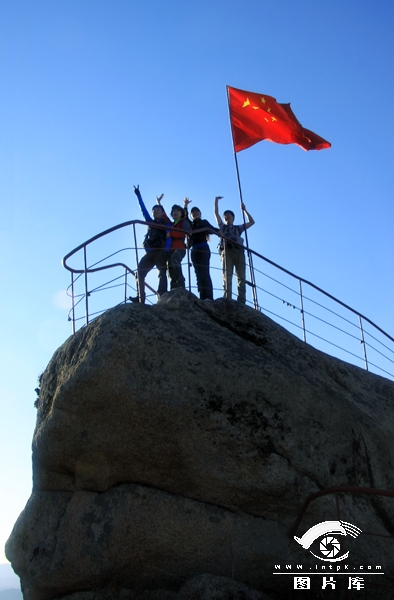 丹東-天橋溝森林公園_網易旅游論壇; 作品名稱:登頂蓮花峰;